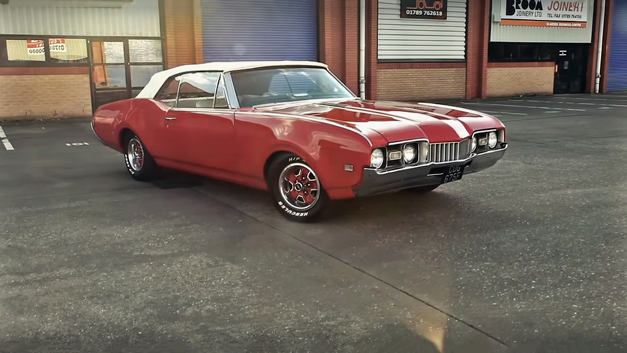 Cutlass Oldsmobile Convertible Muscle Car Definition