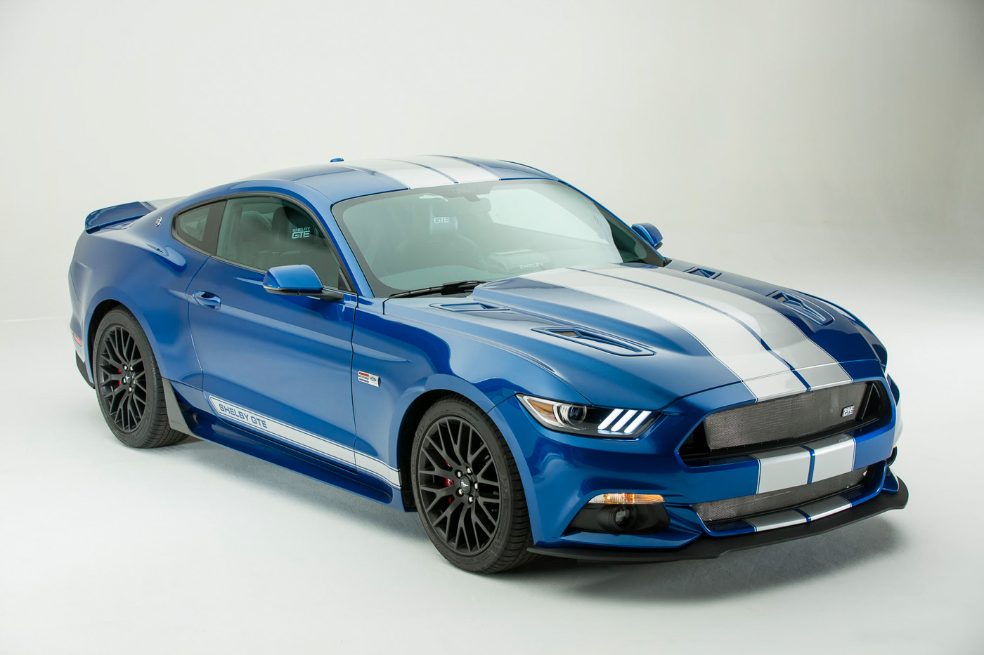 New & Powerful 2017 Shelby Mustang GTE is Challenging his Rivals!