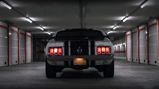 1970 Ford Mustang Coupe 351 back