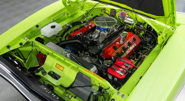 1970 Dodge Charger 528 Hemi Engine