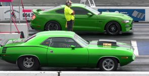 Who is better? Old School vs New School American Muscle Cars !