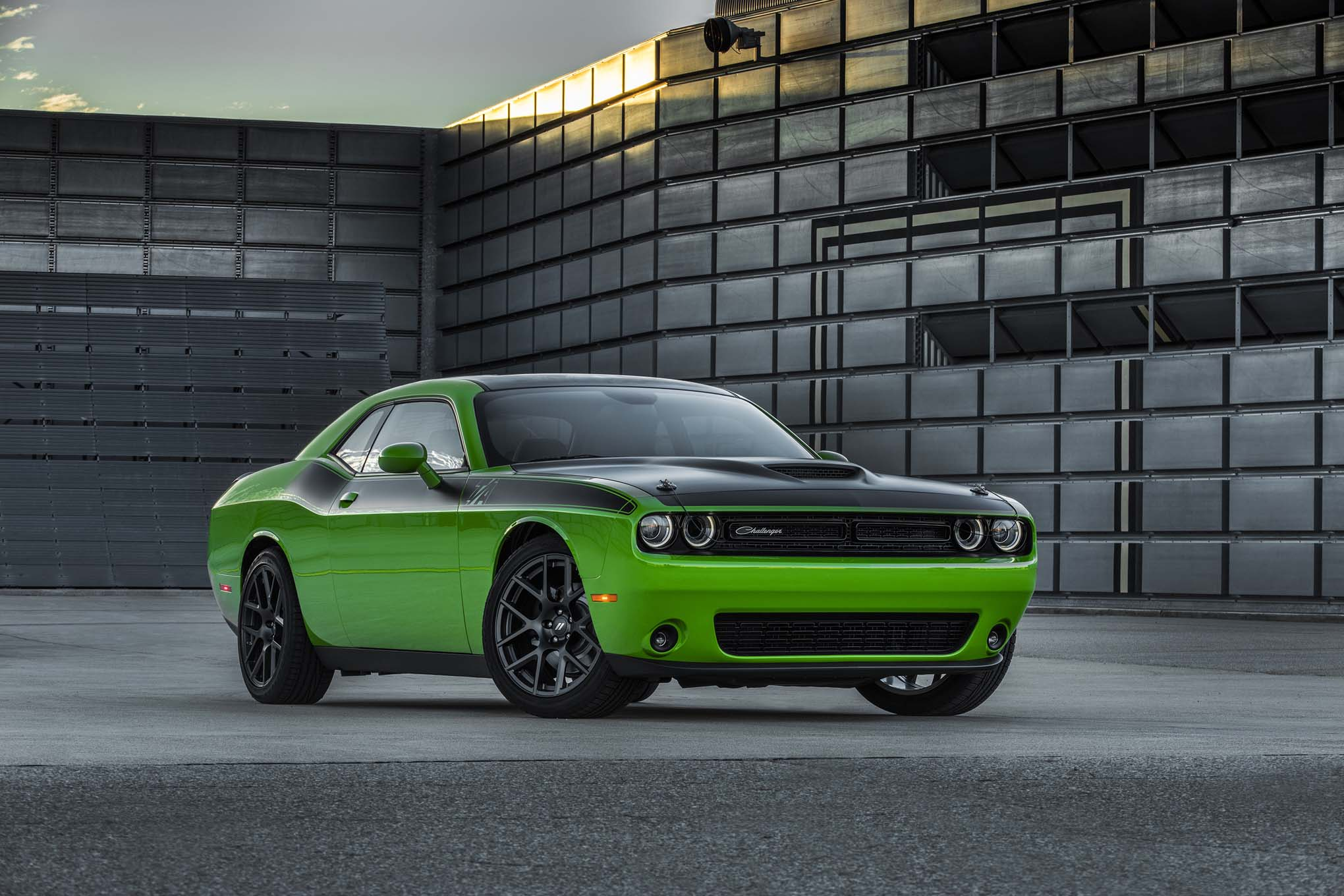 New 2017 Dodge Challenger T/A – Video Specs Photos