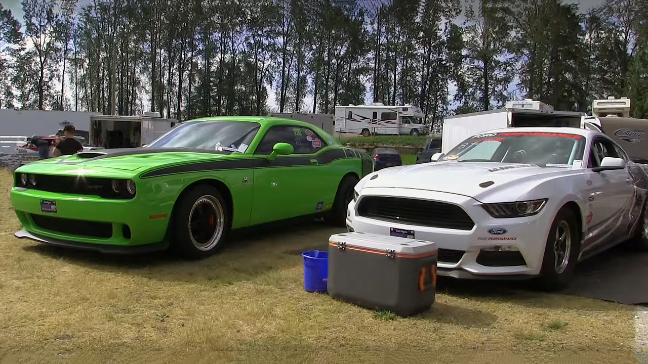 800 Horsepower Challenger Hellcat vs Cobra Jet Mustang 1/4 Mile Time