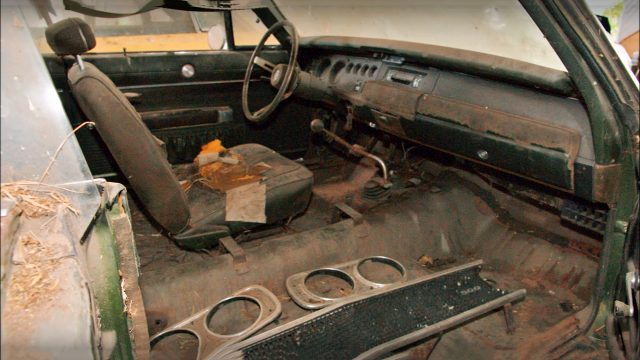 Super Cool 1969 Dodge Charger 500 Barn Find Interior