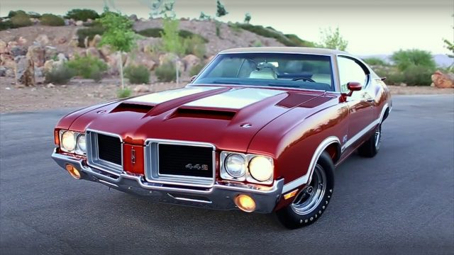 1971 Oldsmobile 442 W-30 – Old School American Muscle Front