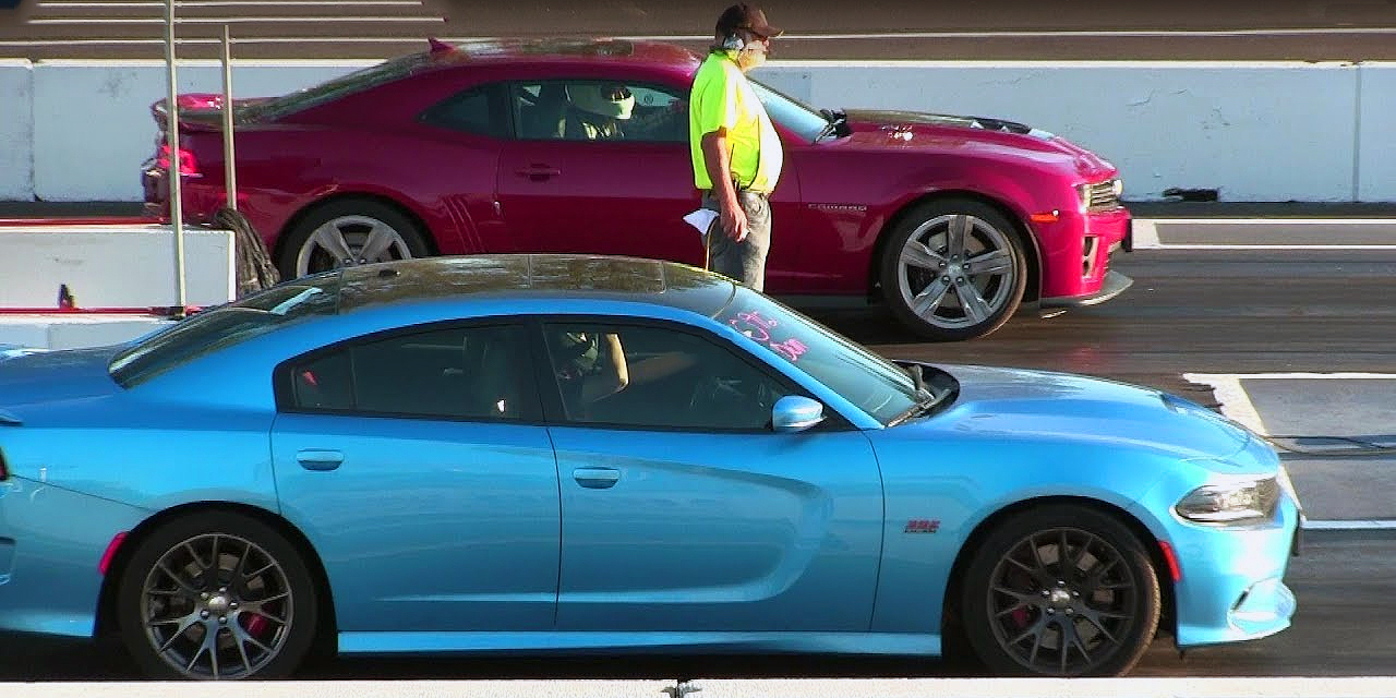 2017 Dodge Charger 392 Hemi Scat Pack vs 2015 Chevrolet Camaro ZL1