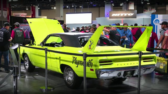 Hellcat Powered 1970 Plymouth Superbird by Graveyard Carz back