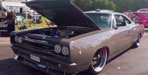 Completely Modernized 1968 Dodge Coronet HEMI SRT8
