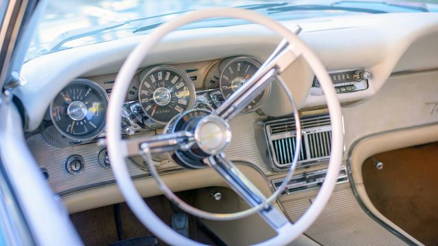 1962 Ford Thunderbird Interior