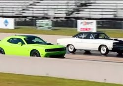 392 Scat Pack vs Road Runner 426
