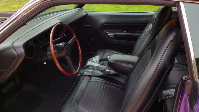 1970 plymouth barracuda aar interior