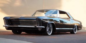1965 Buick Riviera – Automotive Beauty and Prestige