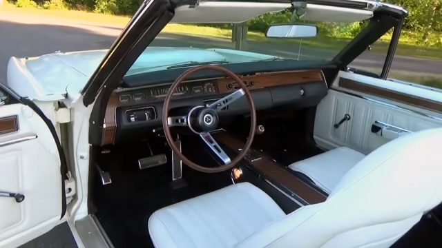 1970 Dodge Coronet RT Convertible Interior