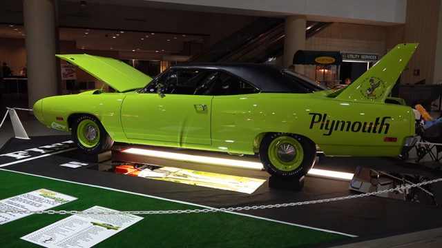 1970 Plymouth Superbird Side