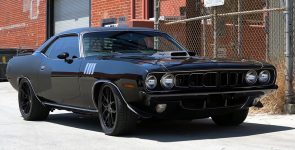 Plymouth Barracuda with SRT Shaker Hood and Hellcat V8